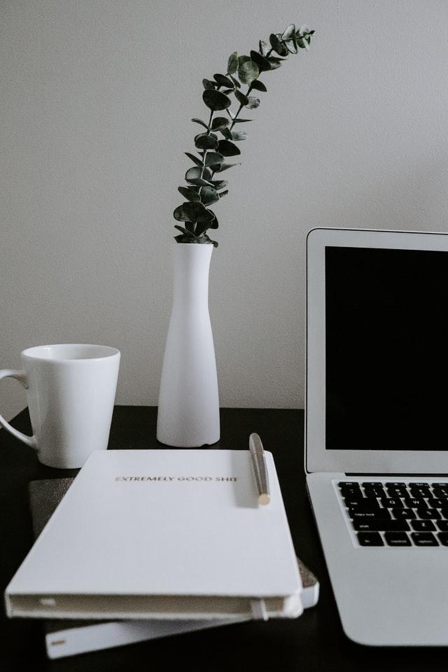 notebook and wordpress website